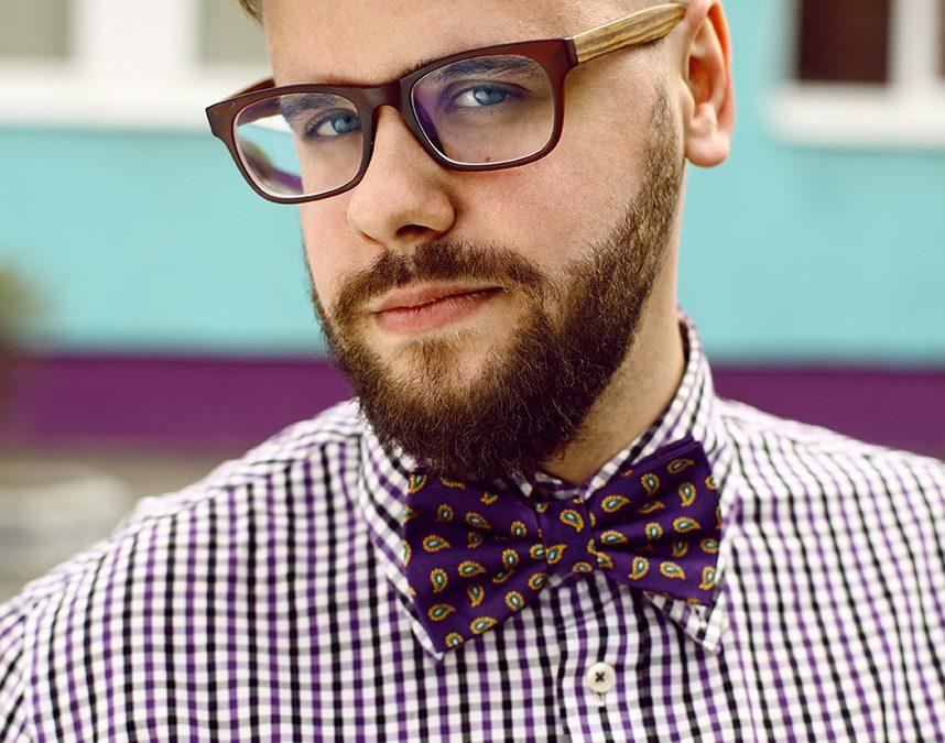 Czym się kierować wybierając oprawki okularów