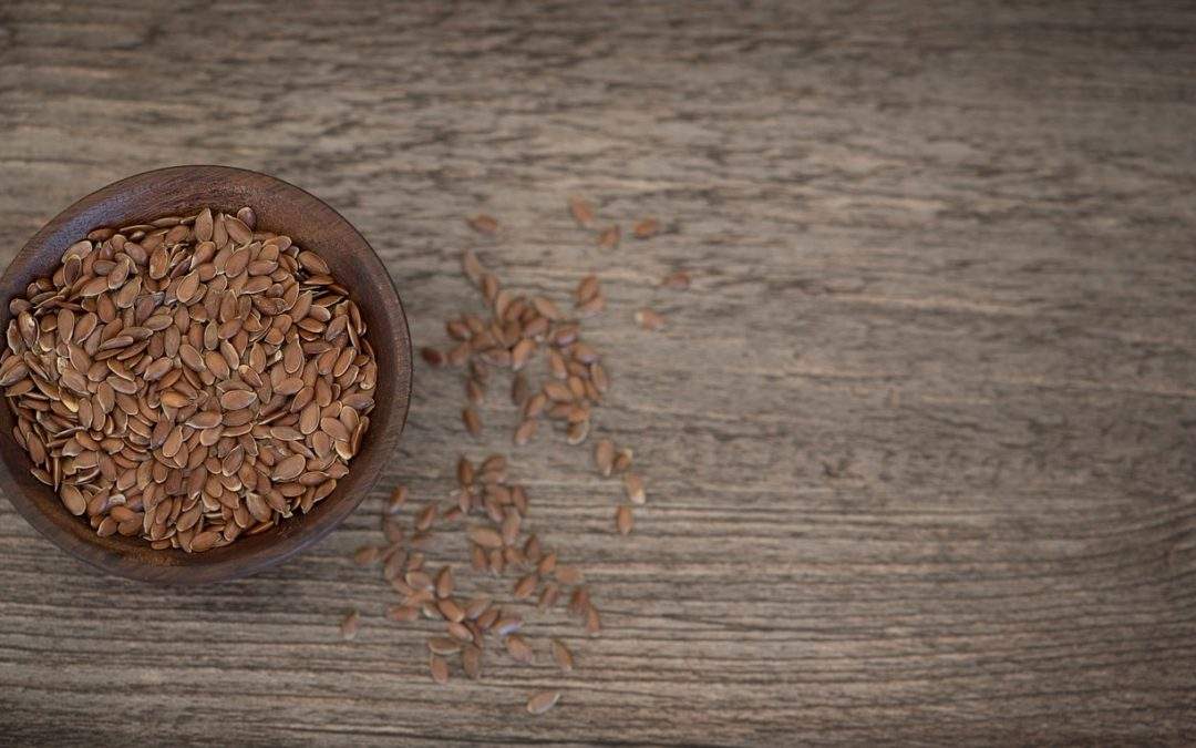 Siemię lniane – jak wpływa na układ pokarmowy