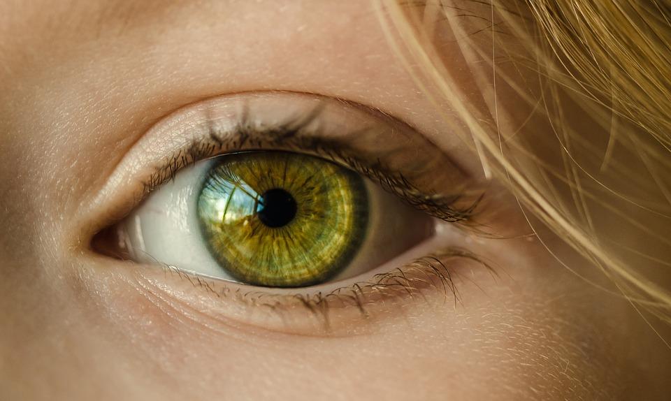 Soczewki europejskie czy soczewki azjatyckie ? które bezpieczniejsze dla oczu