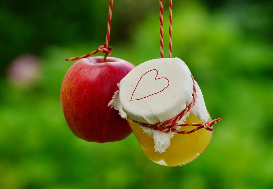 Ocet jabłkowy – zastosowania w lecznictwie, w kosmetyce i w domu